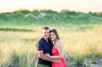 Lindsey + Damian - 1st Encounter Beach Engagement Session